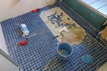 2階にある在来浴室の床補修について