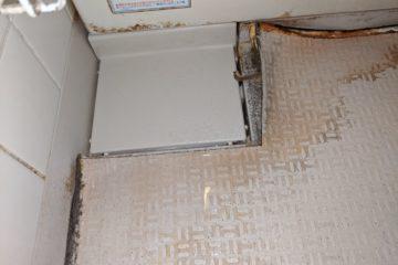 浴室工事は1に下地、2に材料、手抜きは禁物ですね。